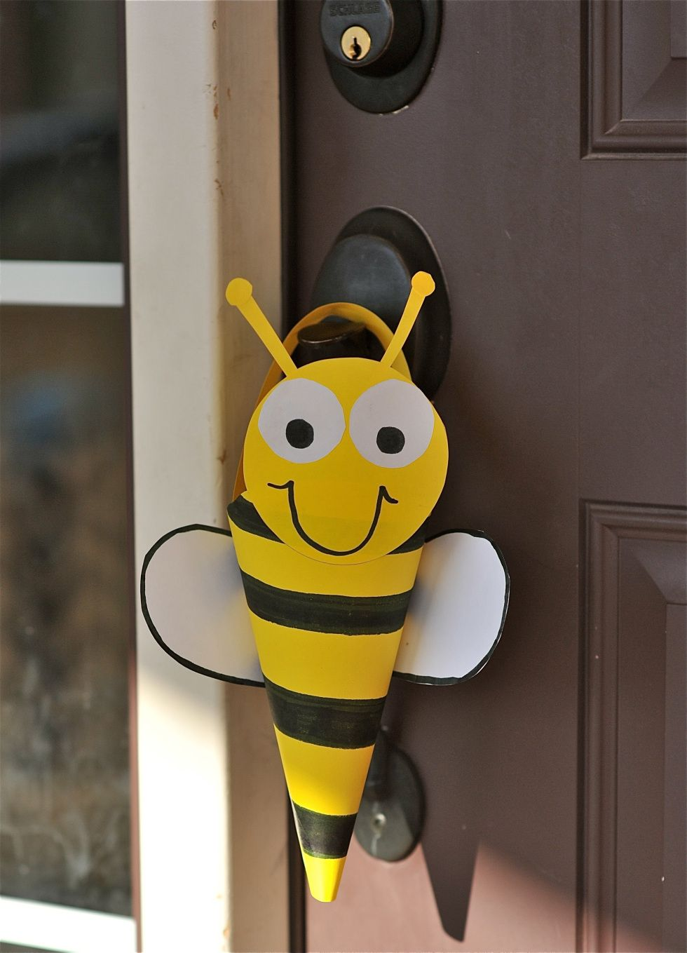 May day baskets bumble bee craft bee crafts