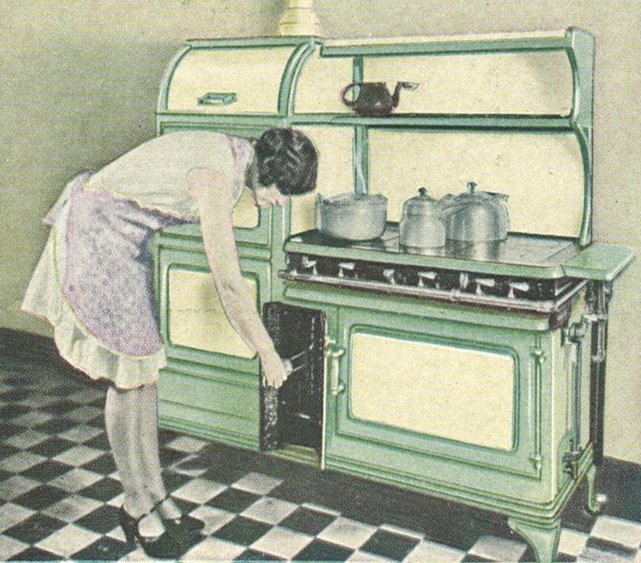 Glenwood Kitchen: 1924 Glenwood 6 Burners, 2 Ovens And Broiler.