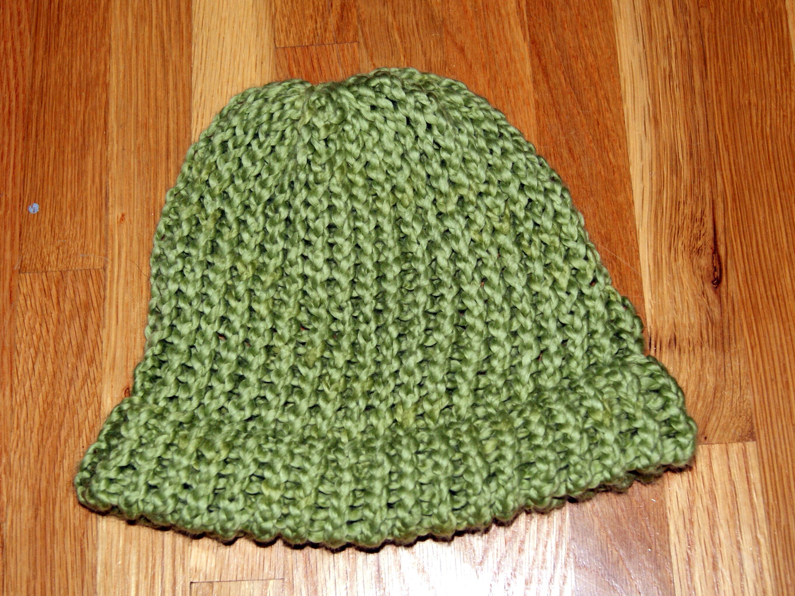 Pediatric Cancer patient hat, done on a loom.   Crochet ...