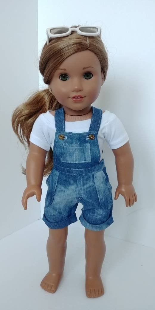 18 inch doll clothing. Fits like American girl doll clothes .18 inch doll clothes . Crop top and Jean short overalls #girldollclothes
