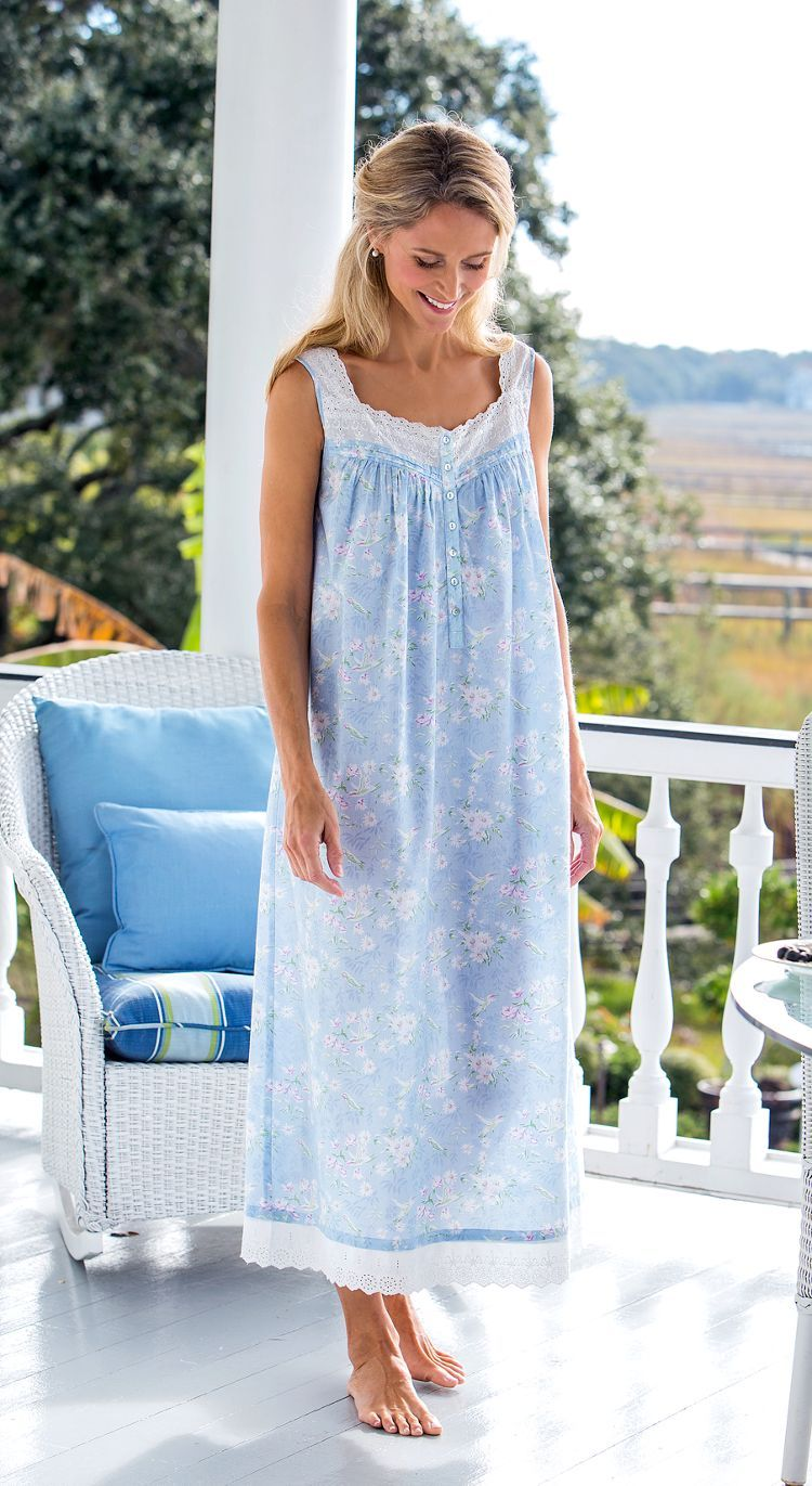 7b0528dc7774 Light cool summer nightgown | isstyle in 2019 | Night gown, Flannel ...