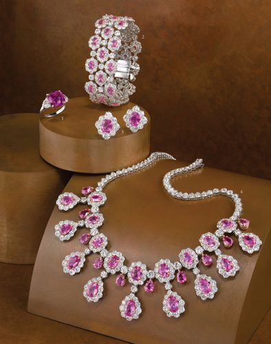 34+ Finest jewelry stores in the world information