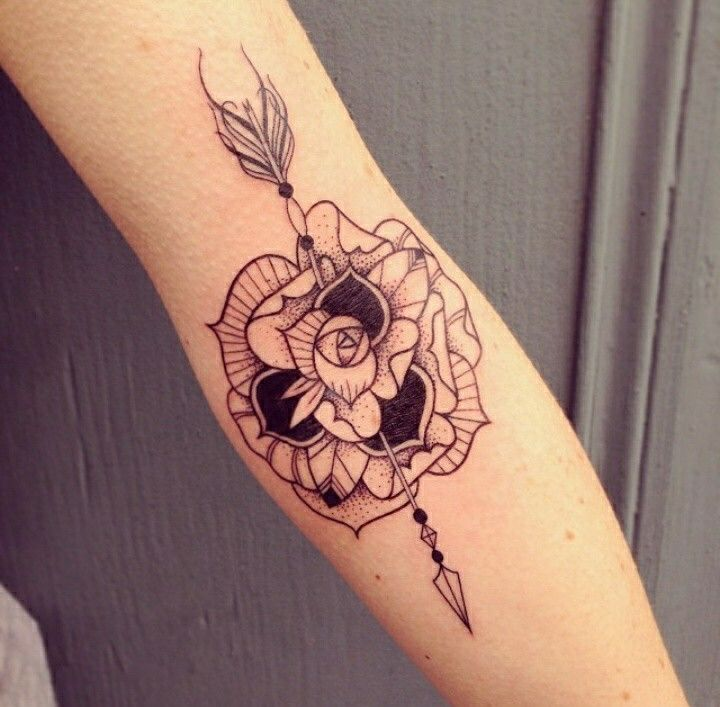fl che dans fleur dessins tatouages pinterest fl che. Black Bedroom Furniture Sets. Home Design Ideas