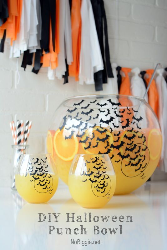 DIY Halloween Party Punch Bowl | NoBiggie.net - make this fun swarm of bats punch bowl for your next Halloween Party
