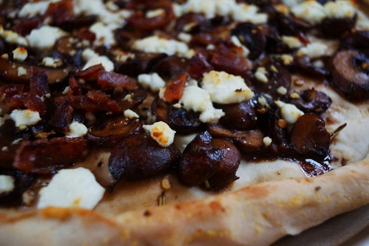 Balsamic Mushroom, Bacon, and Goat Cheese Pizza