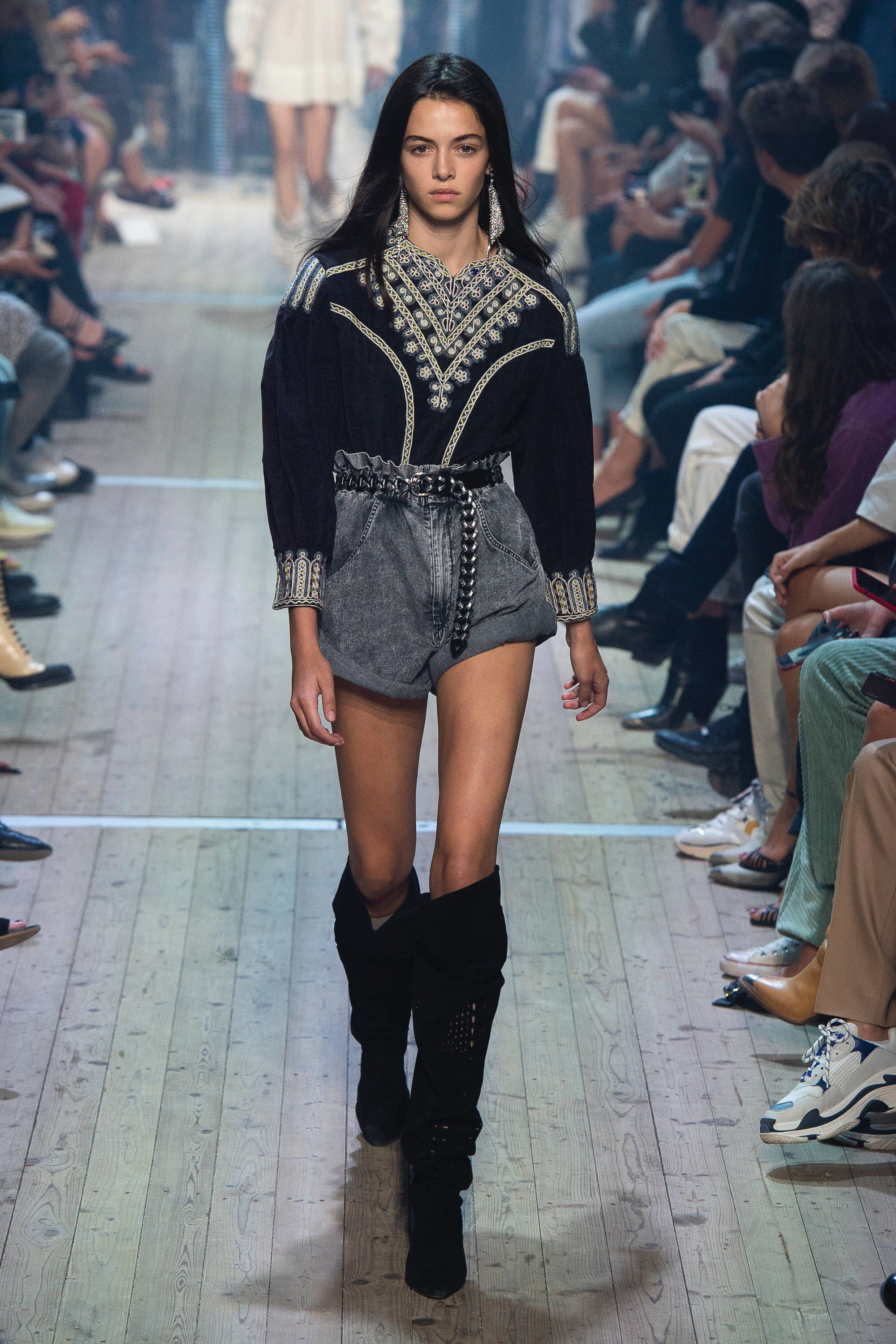 7 Covetable Spring 2019 Runway Inspired Fashions to Snag Up Now pictures