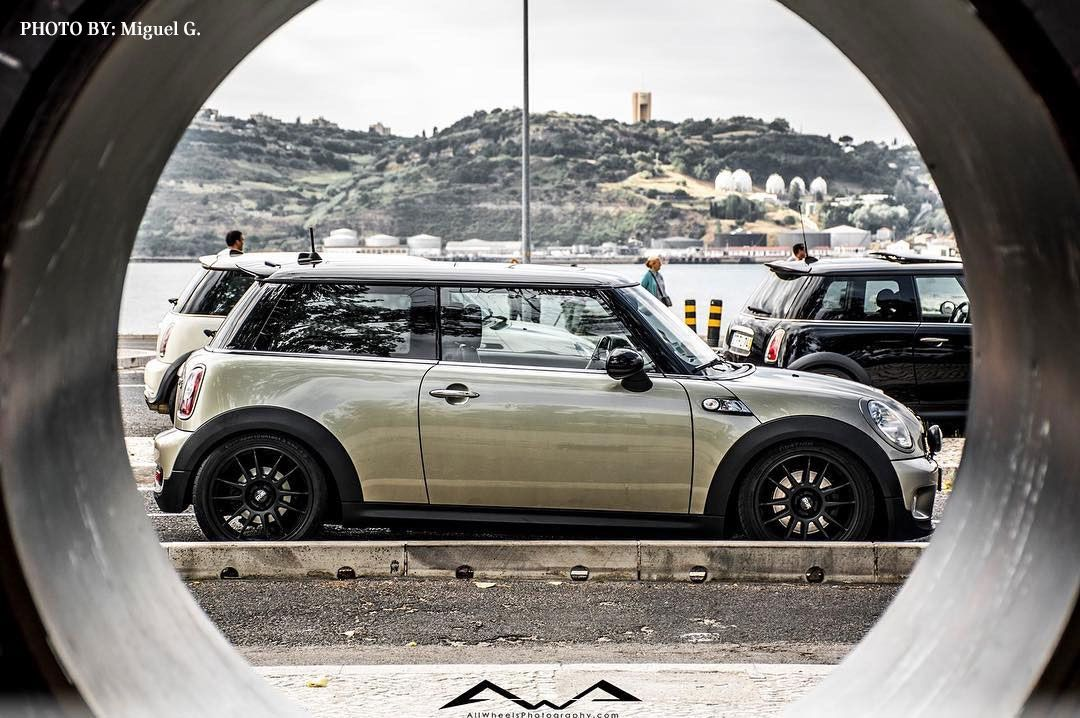 How Many Mini Models Do You See Captured In This Shot Minihardtop