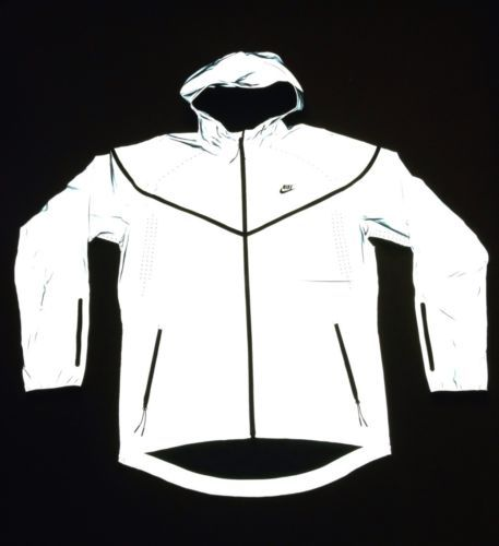 b352449bdcb9 NIKE 3M Flash Jacket Reflective Running Windrunner