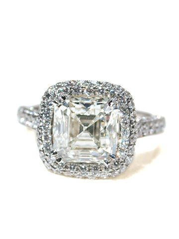Gorgeous ascher cut diamond :)