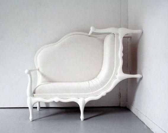 imagen graciosa de muebles que se adaptan a cada rincón . Más #humor en www.lasfotosmasgraciosas.com