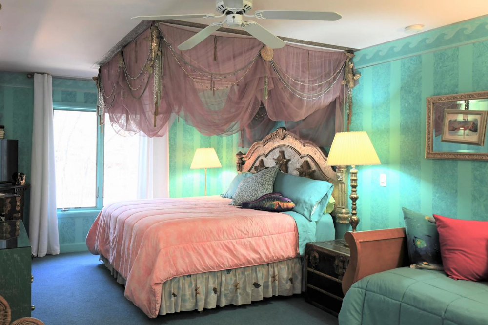 Blue Skies Inn   Manitou Springs. From $145 night. #manitousprings