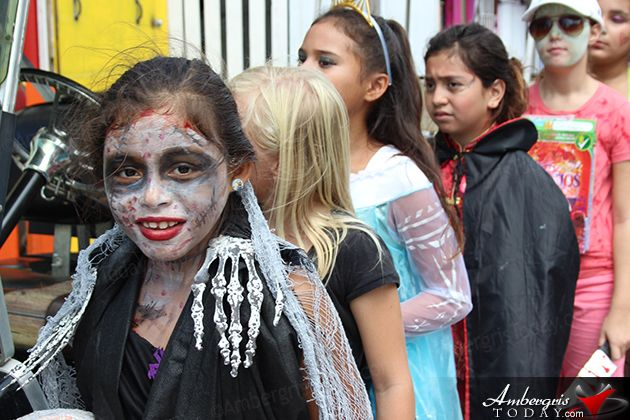AmbergrisToday.com | Halloween Trick or Treat Fun in San Pedro, Ambergris Caye, Belize.