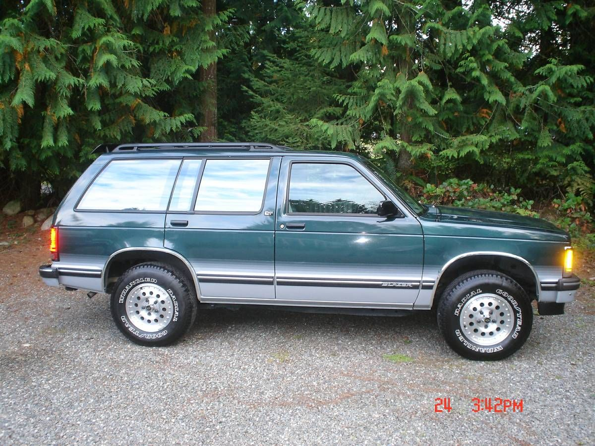 medium resolution of  1993 chevy blazer s 10 tahoe this is one of a kind sweet ride