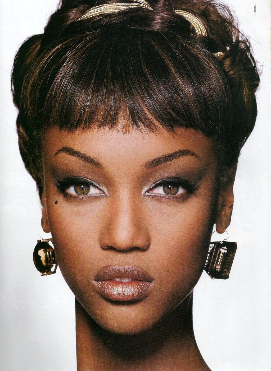 US ELLE December 1991 Model Tyra Banks Photographer F