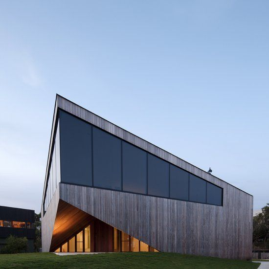 aireys house is a minimalist house located in melbourne australia designed by byrne architects