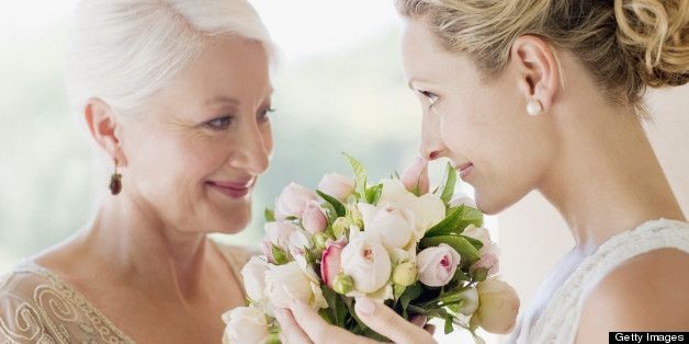 10 Annoying Things Your Mom May Do On Your Wedding Day