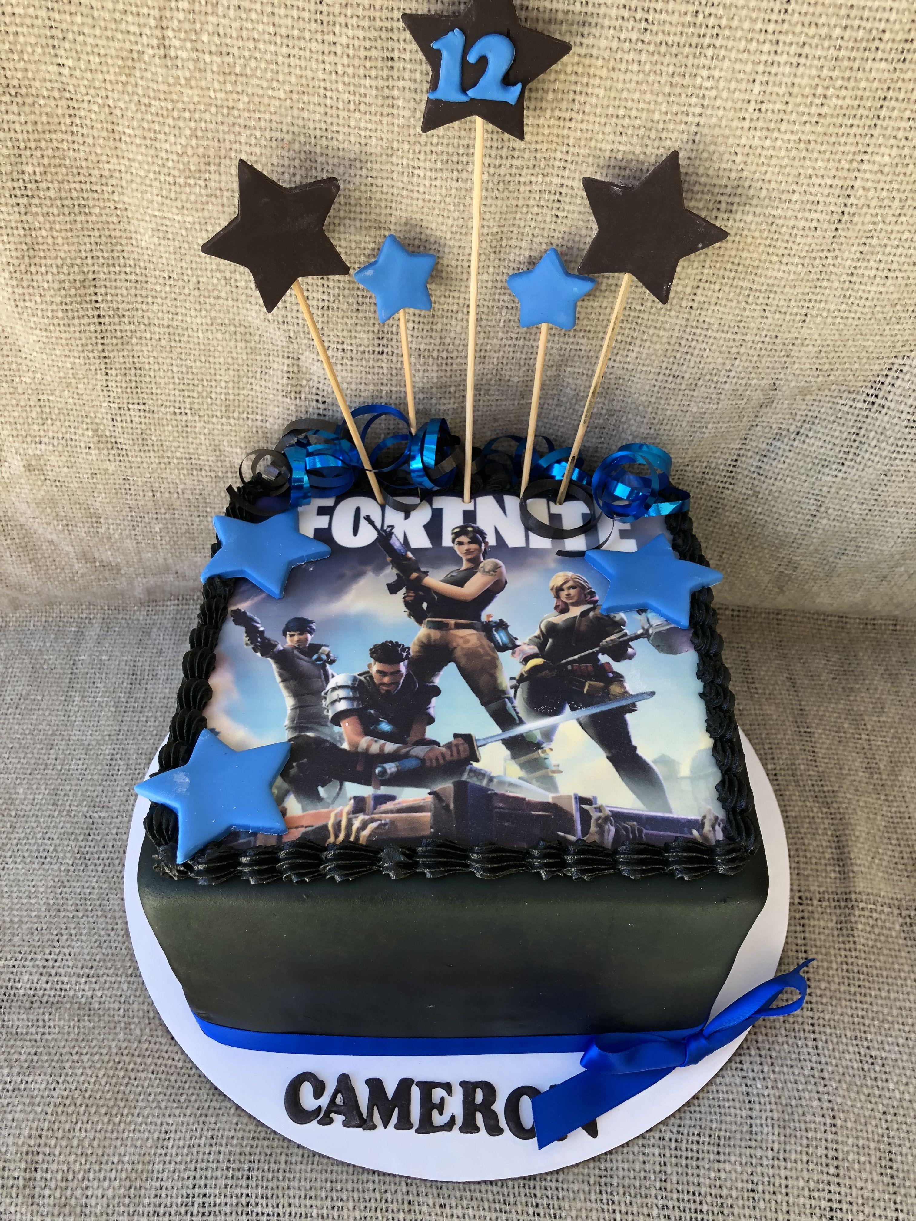 Scopri idee su Feste Di 9º Compleanno. aprile 2019. Fortnite cake