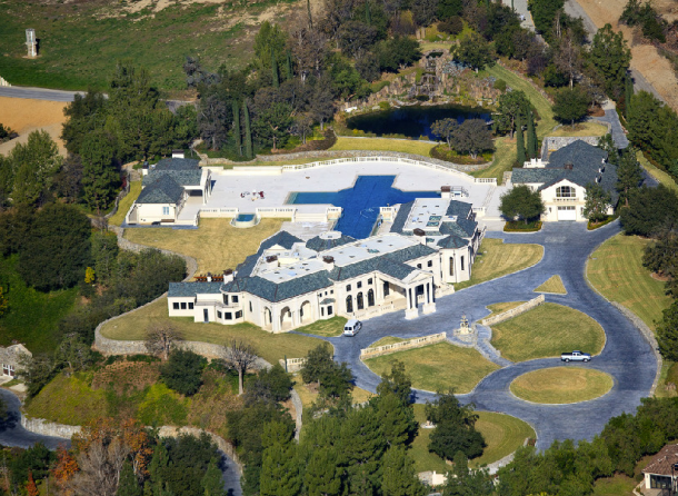 Real estate tycoon donald abbey mega mansion for sale in for Million dollar homes for sale in california