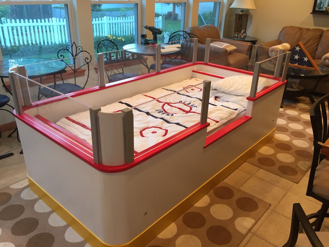 Here We Go Everyone How Much Would You Pay For This Child S Hockey Rink Bed Hockey Hockeybed Hockey Bedroom Hockey Room Boys Hockey Bedroom