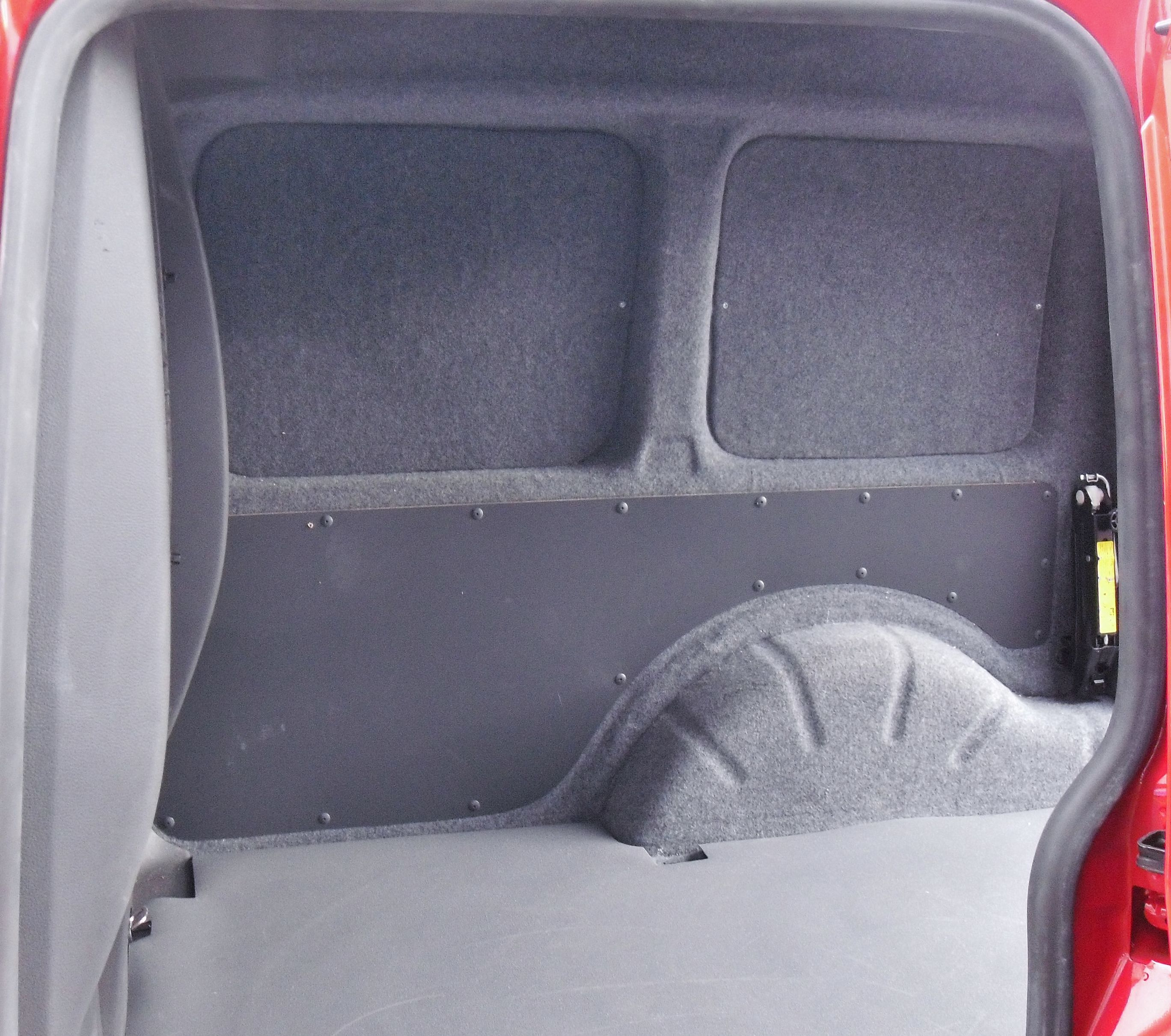 vw caddy interior insulated and carpeted vw caddy 140. Black Bedroom Furniture Sets. Home Design Ideas