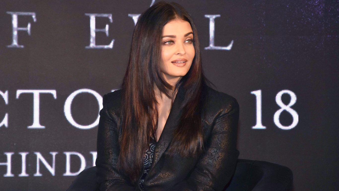 Aishwarya Rai Latest Movie Launch Maleficent Mistress Of Evil At Vogue India Bollywood Celebrities Aishwarya Rai Bachchan Bollywood Stars