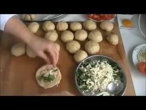 طرق متعددة في لف المعجنات Youtube Middle East Food Savory Appetizer Food