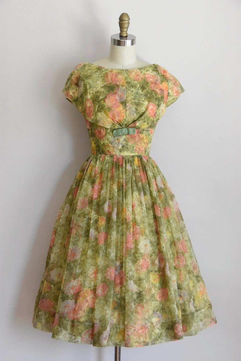 50s Monet S Garden Dress Vintage 1950s Chiffon Party Dress Full Skirt Floral Cocktail Dress Chiffon Party Dress Vintage 1950s Dresses Vintage Dresses [ 1191 x 794 Pixel ]