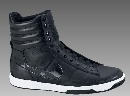Women's Nike Gamma Mid Black / Black Shoes