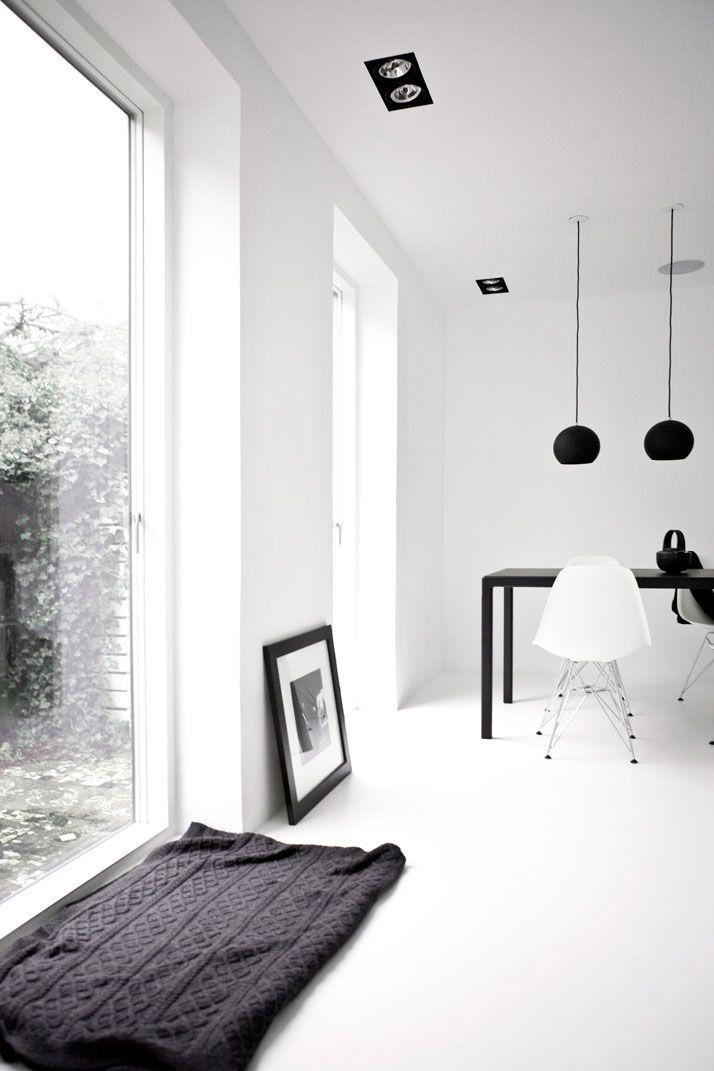 A Black White Townhouse By Norm Architects In Copenhagen Denmark Yatzer Minimalism Interior White Interior Interior
