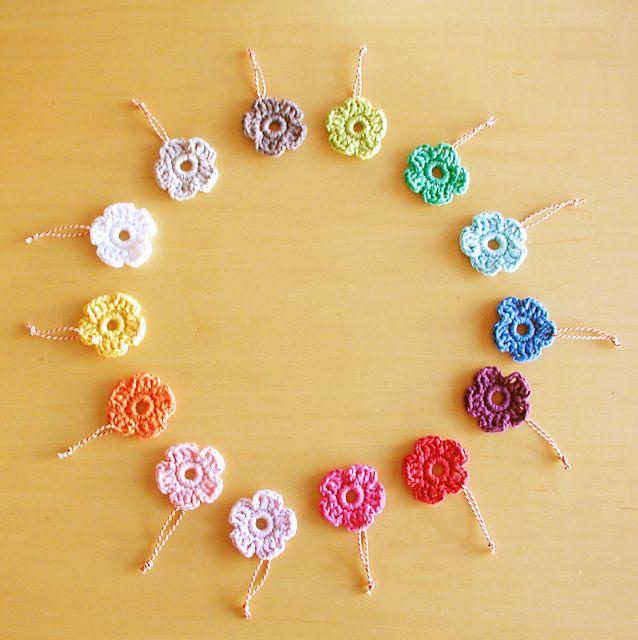 Ravelry Easy Crochet Flowers Pattern By Annemaries Breiblog
