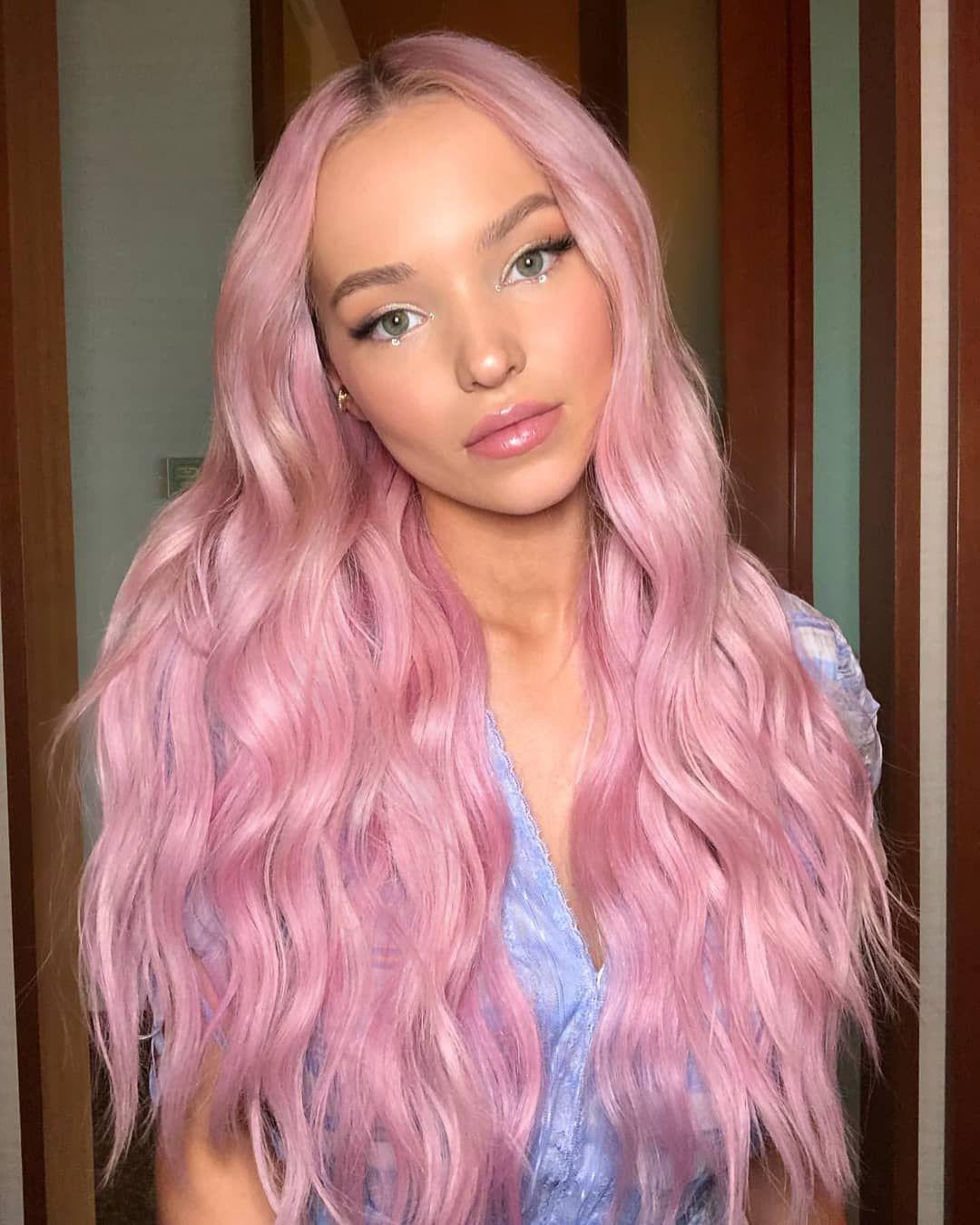 Bubble Gum Princess Dove Cameron Bubblegum Pink Hair Hair Color Pink Light Pink Hair