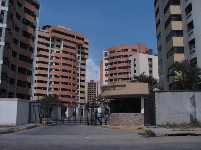 Apartamento en Venta en Palma Real MLS #15-571 - Apartamentos en venta - Naguanagua
