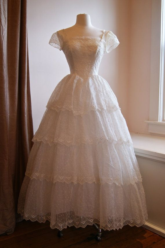 Vintage 1950s Eyelet Lace Wedding Dress With By Xtabayvintage 898 00