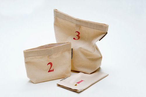 dstore . bags in progress - canvas totes