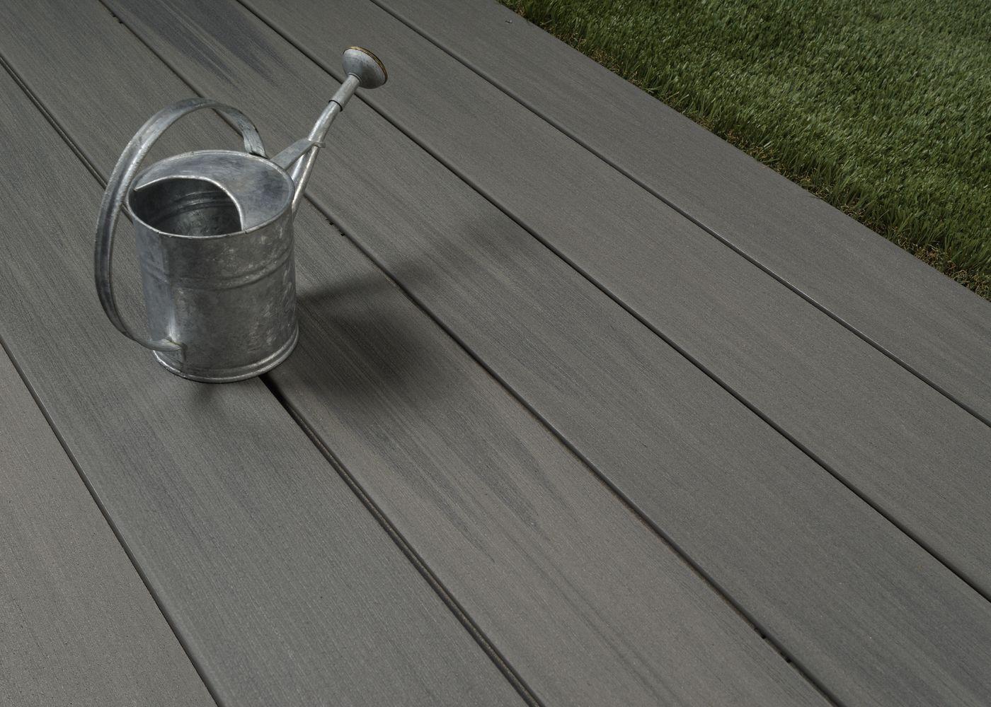 Lames De Terrasse Bois lames de terrasse en bois composite brossées pefc gris