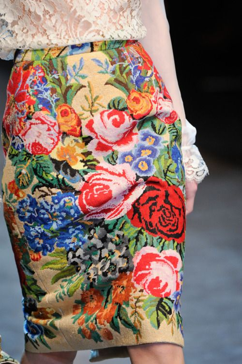 #Floral skirt