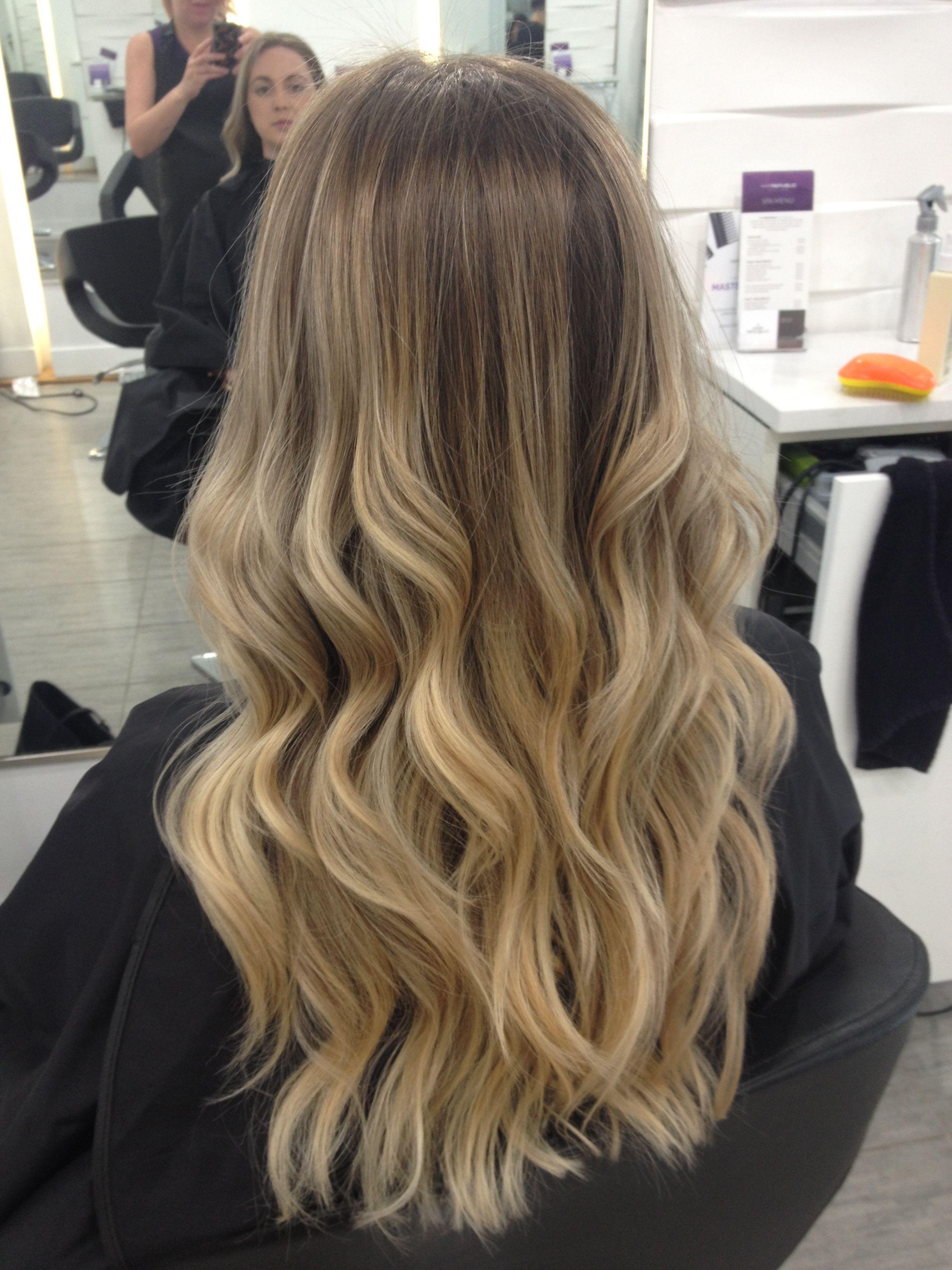 Blonde Balayage Summer Highlights Balayage Hair Cabello Hair Blonde Balayage