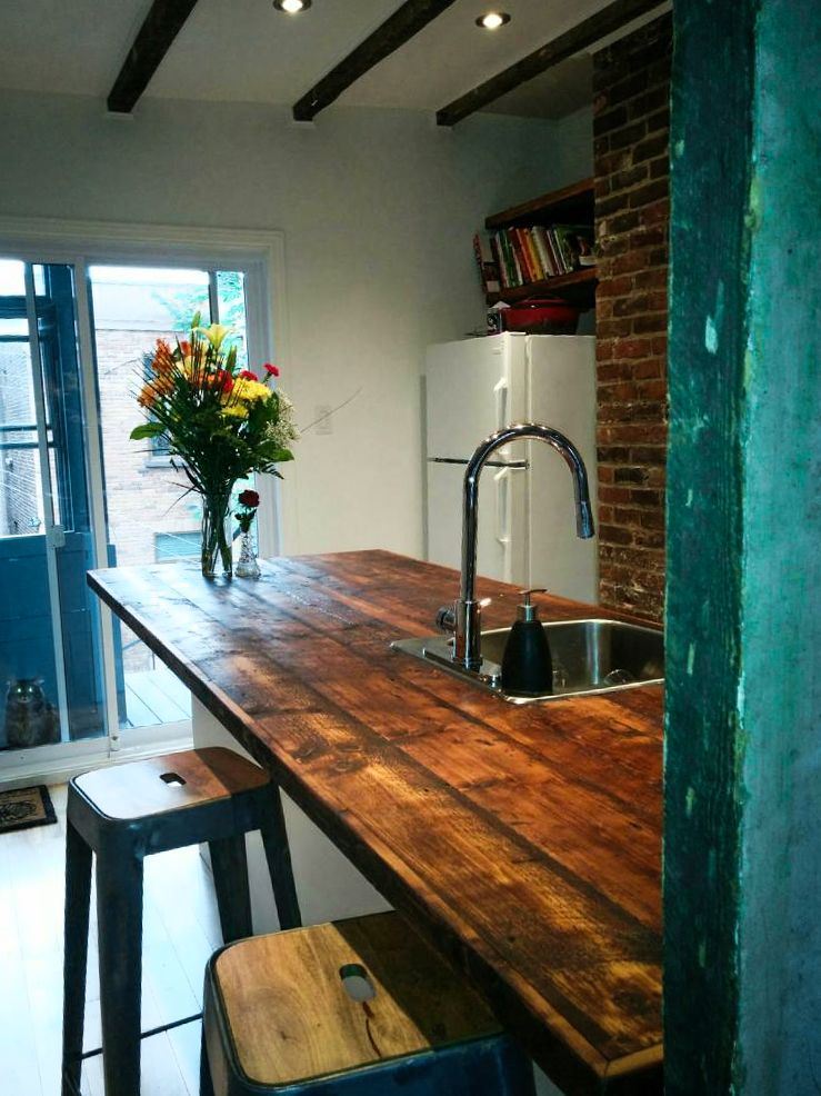 Comptoir en bois de grange bois de grange pinterest for Kitchen cabinet trends 2018 combined with wall clock art deco