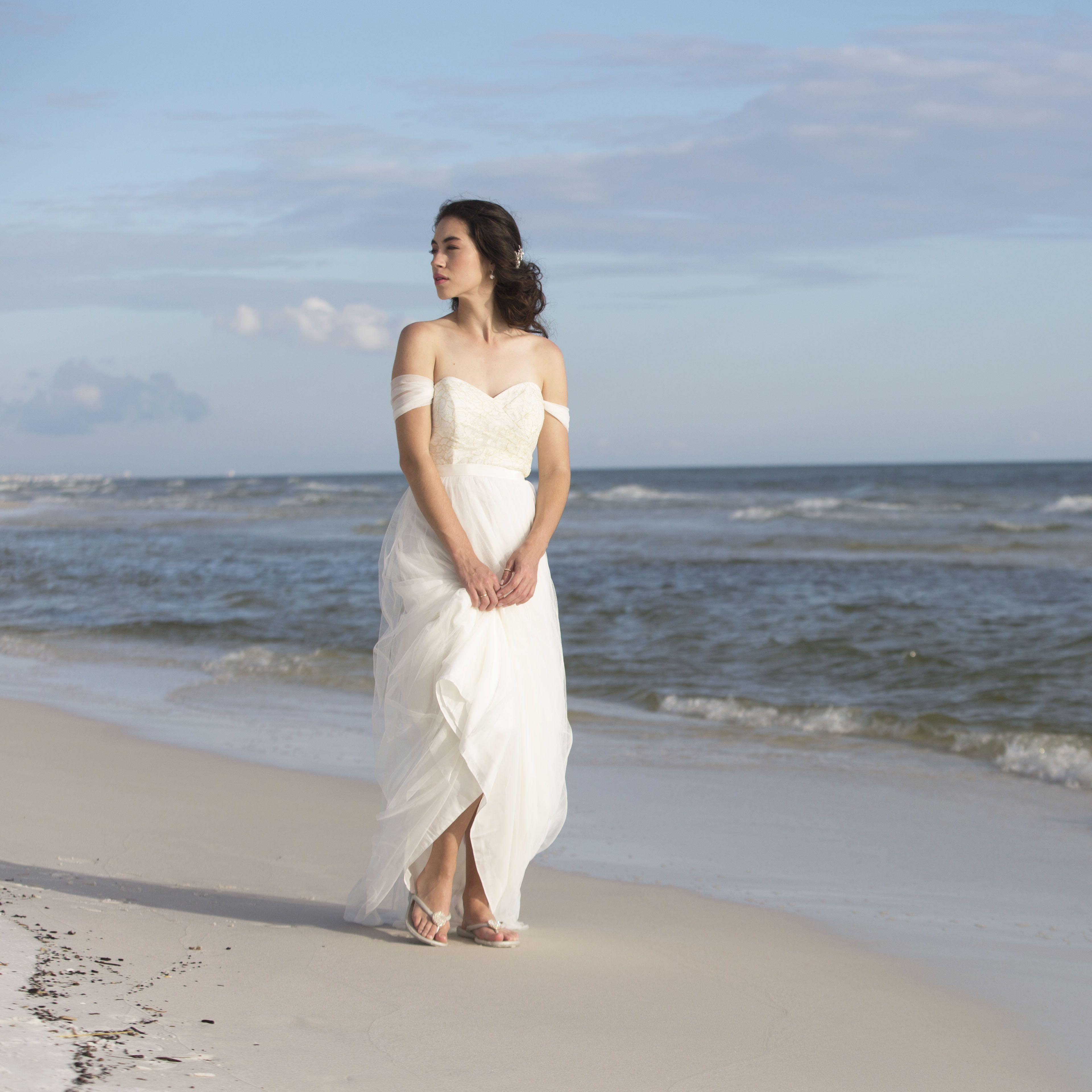 Lucky flip flops - Bridal shoes - Wedding Day | Wedding | Pinterest ...