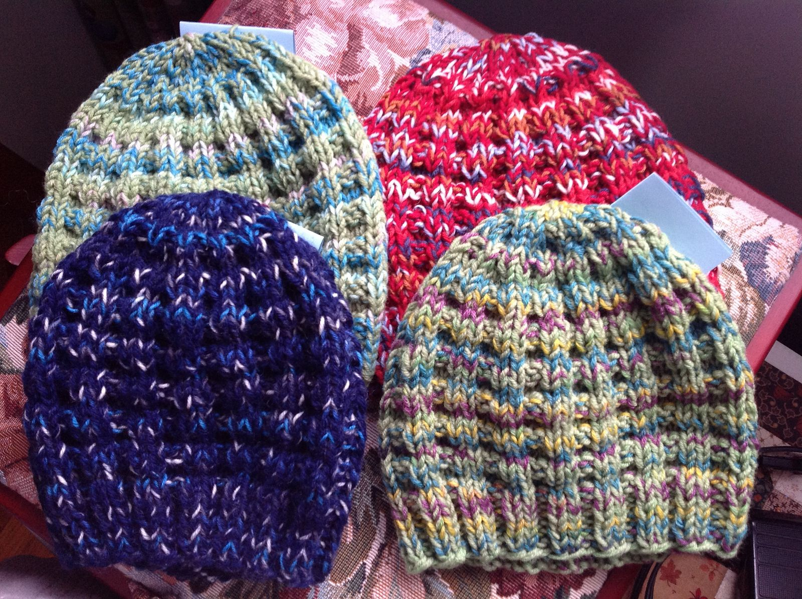 Waffle Hat By Gail Bable - Free Knitted Pattern - Adult And Child ...