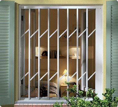 Lo nuevo en cerramientos de seguridad rejas plegables for Lo ultimo en puertas de interior