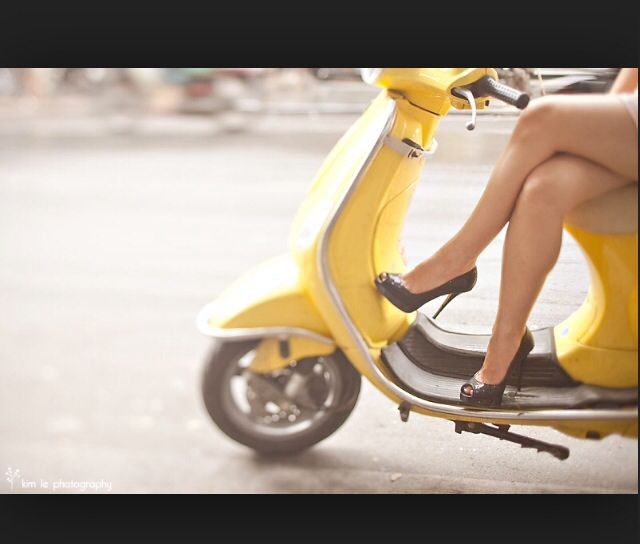 Sexy Girl Riding Yamaha r15 - YouTube