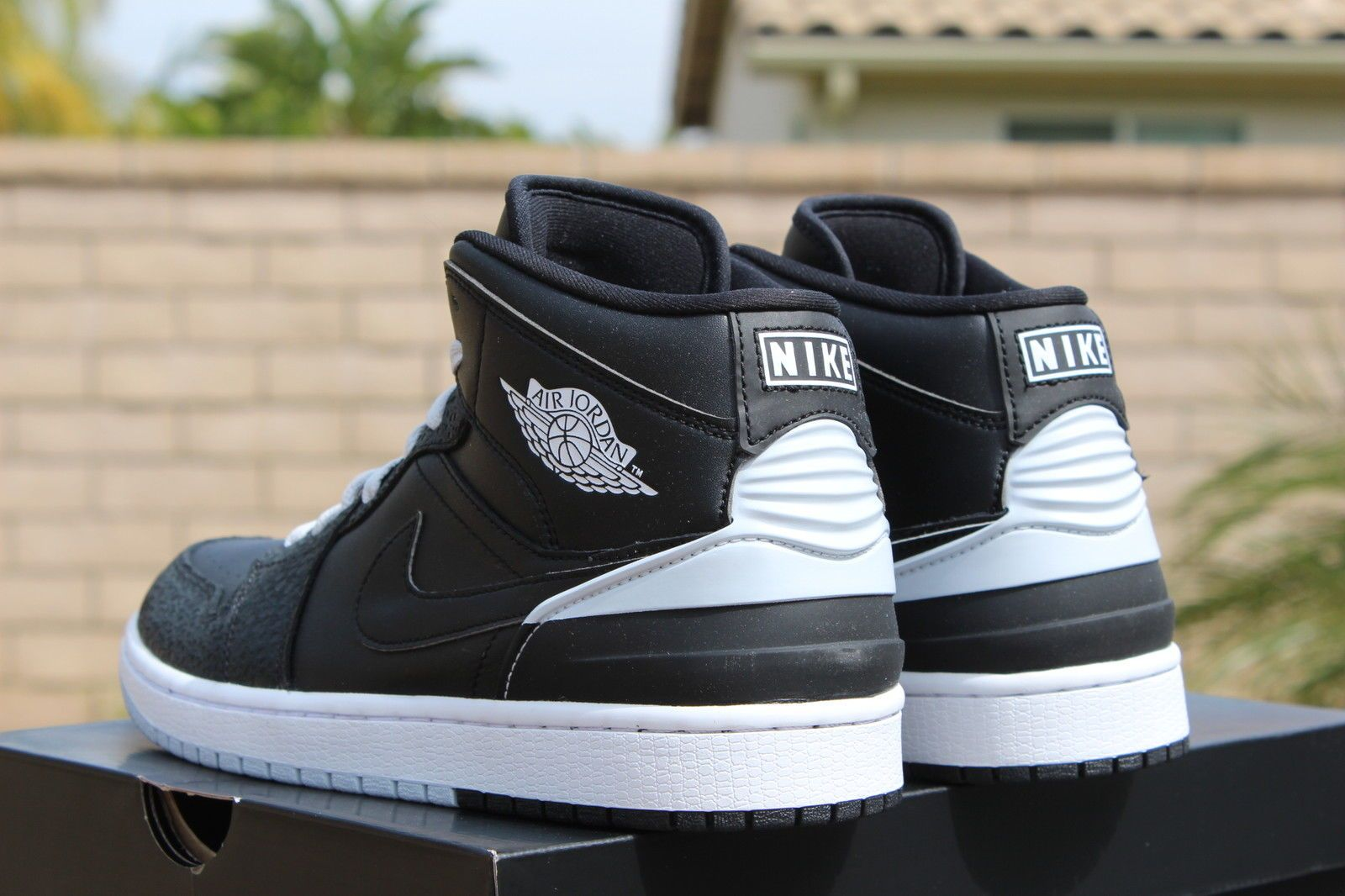 best website a6a62 a1688 Air Jordan 1 Retro 86 Black Pure Platinum Detailed Pictures