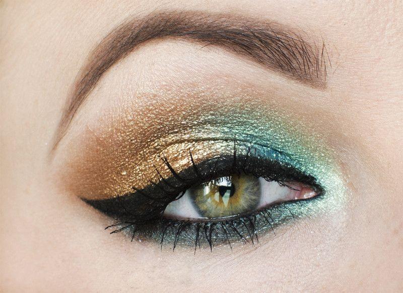 Makeup Revolution Awesome Metals Eye Foils – cudowne migotki