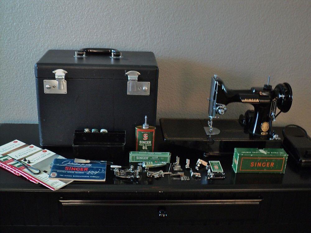 Singer Featherweight 221 Sewing Machine & Accessories