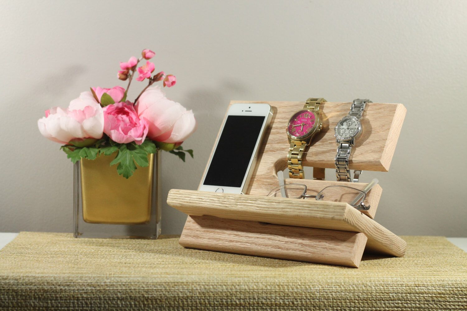 Wow personalized no stain natural oak wood valet iphone galaxy