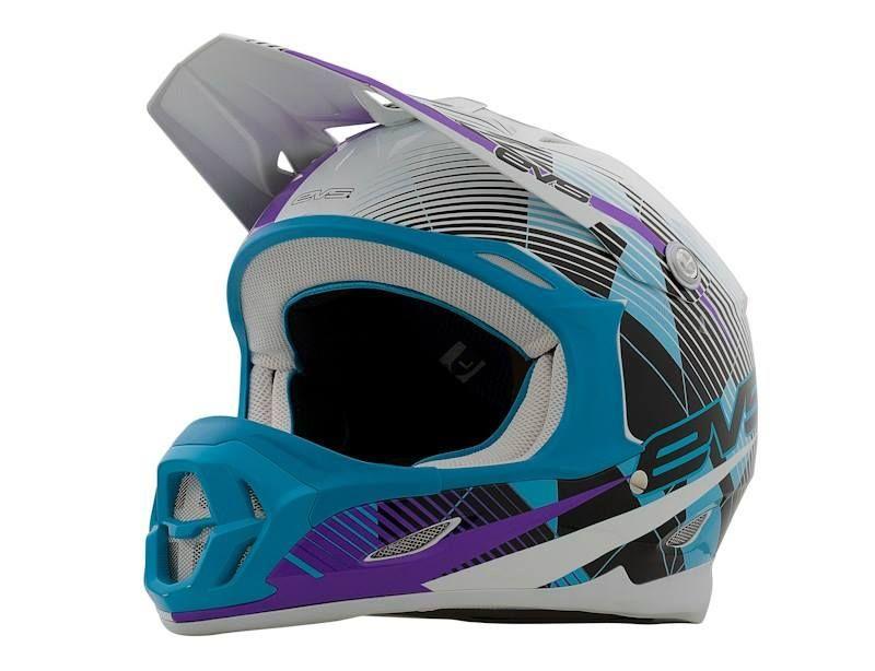 Evs T7 Helmet The T7 Helmet Is A Lightweight Polycarbonate Helmet With Increased Ventilation For Maximum Airflow It Motocross Gear Motocross Helmets Helmet