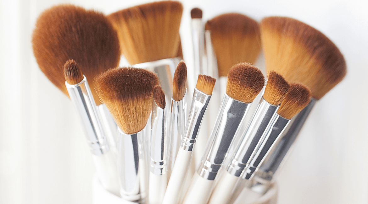 Never Use This Product to Clean Your Makeup Brushes — Make