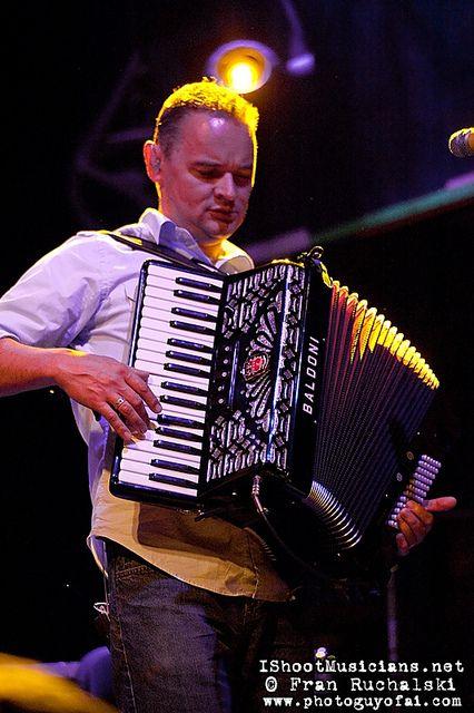 i wish i could the accordion!!!