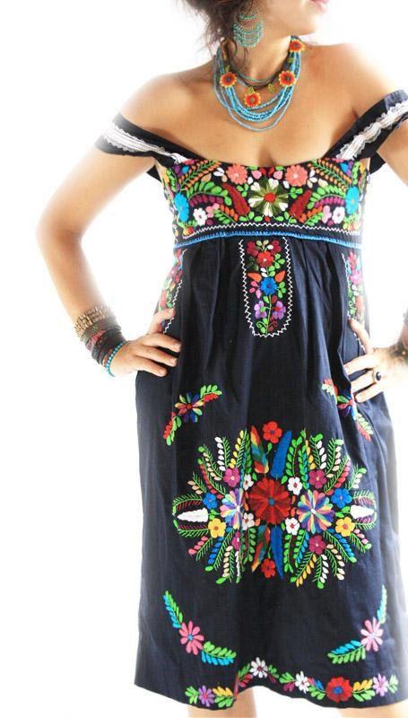 Mexican embroidered dress Noche Marina pleated crochet straps corset